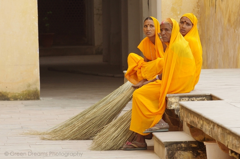 Cleaning Ladies - Amber Fort - Jaipur